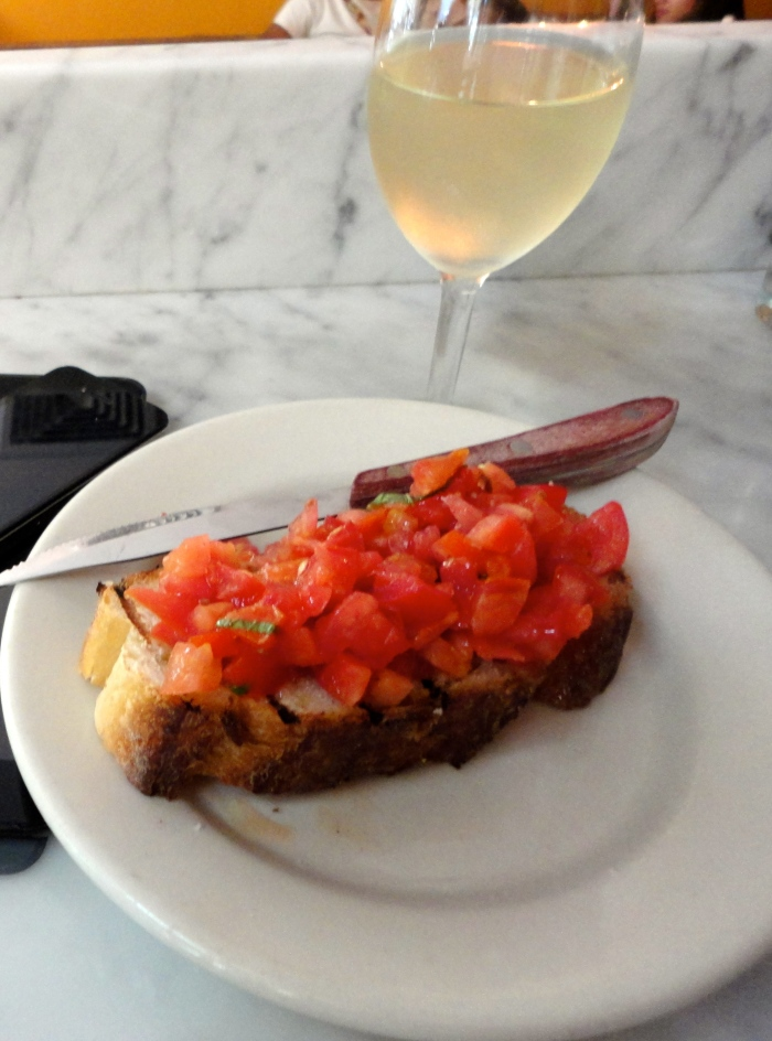 olive oil and tomato crostini