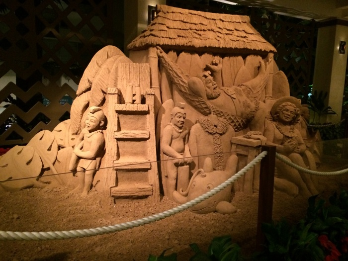 if you have a moment, stop by the sheraton waikiki to see their wonderful sand castle